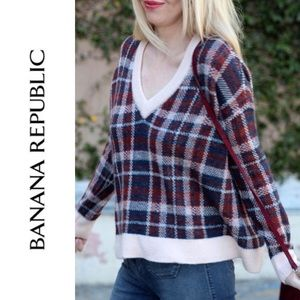 EUC {BANANA REPUBLIC} Plaid V-Neck Sweater